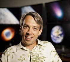 Portrait of Dr. Olivier Guyon, UA professor and MacArthur Fellow Class of 2012