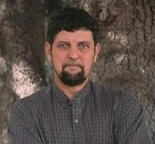 Portrait of Dr. Gary Nabhan, MacArthur Fellow class of 1990